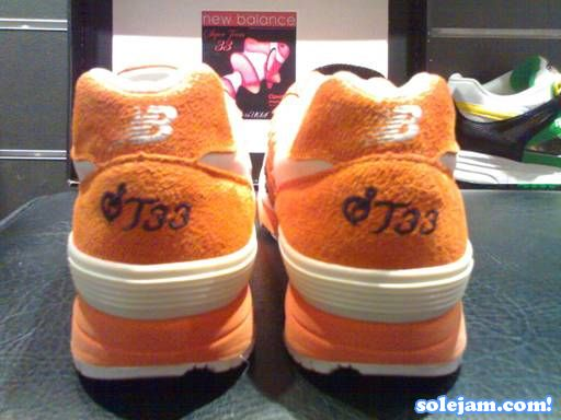 nb-1400-st33-orange-heel.jpg