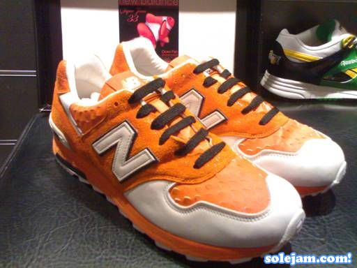 nb-1400-st33-orange-pair.jpg
