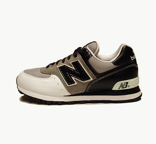 newbalanceaw06_trainer01_large.jpg